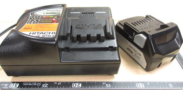 日立工機 18V-充電器とバッテリー