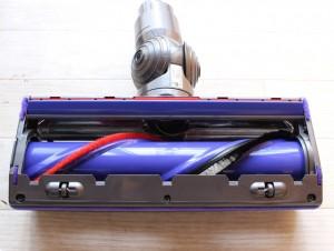 V8-ダイレクトドライブクリーナーヘッド