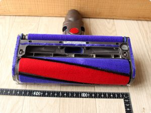 ダイソンV6 ソフトローラークリーナーヘッド 吸込口