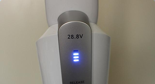HomeVacDuo 電圧