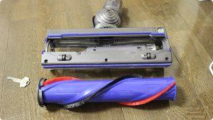 ダイソン V7 ダイレクトドライブクリーナーヘッド 分解