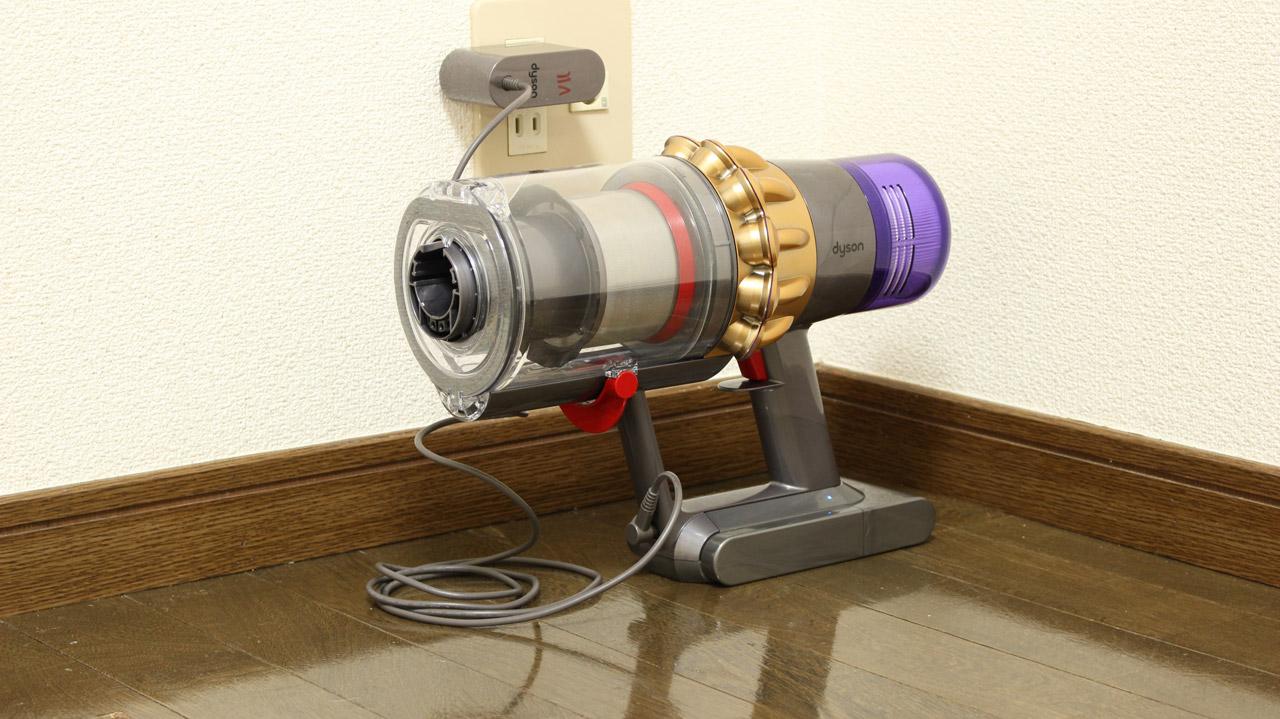 ダイソンV11の充電方法(充電アダプター)