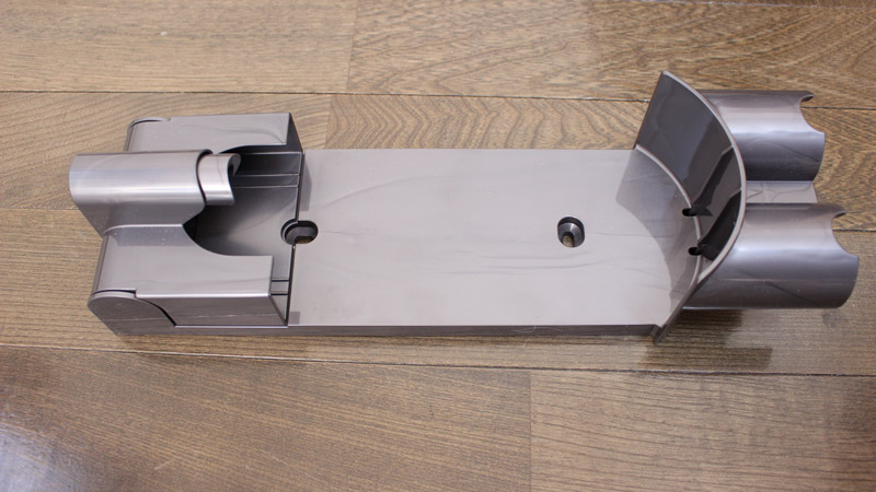 V8 Slim Fluffy 充電方法(収納用ブラケット)