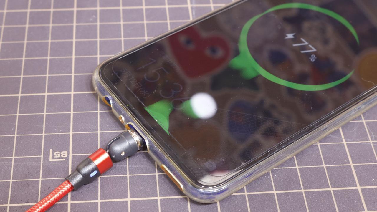 マグネット式USB充電ケーブル(スマホ)